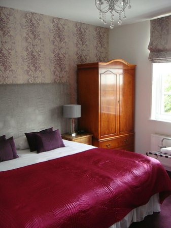 Jessop House: Beautiful room