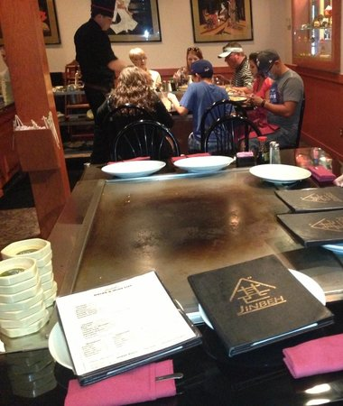 Jinbeh: Table/Grill
