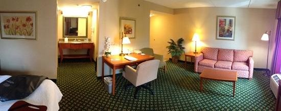 Hampton Inn & Suites By Hilton Williamsburg-Central : nice, new, and functional.