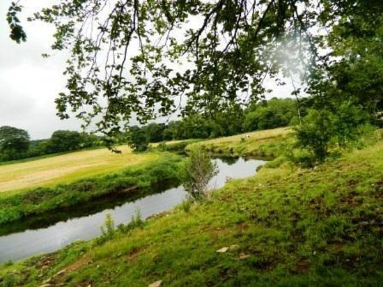Agivey Lodge: River view