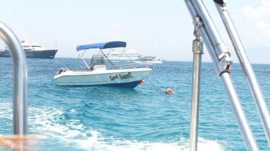 Banana Sport Capri Boat : Bye bye little boaty, you served us well - we had great fun with you !