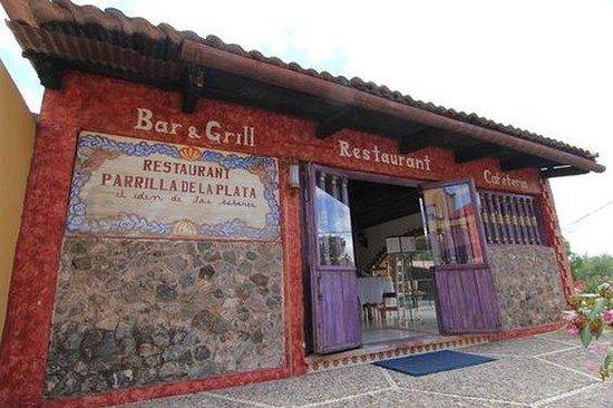 Villa De La Plata: Bar