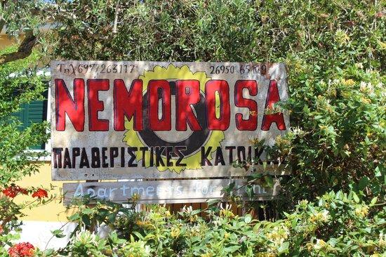Nemorosa Houses: Табличка при подъезде