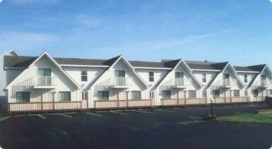 Photo of Bridge View Motel & Condos Mackinaw City