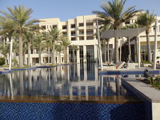 Park Hyatt Abu Dhabi Hotel & Villas: La piscine principale