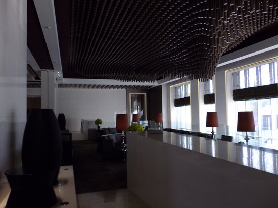 Park Hyatt Abu Dhabi Hotel & Villas: Le lobby