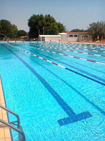 Centro Vacanze Pra delle Torri: piscina olimpionica