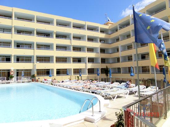 Apartamentos amazonas picture of apartamentos amazonas playa del ingles tripadvisor - Apartamentos monterrey playa del ingles ...