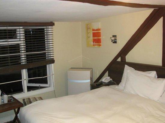 New Steine Hotel: Deckenhöhe im Zimmer 180cm!!!!!  ( 4 Sterne ??? )