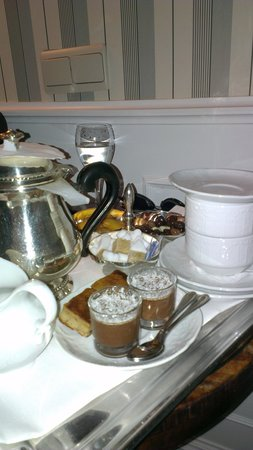 Pand Hotel Small Luxury Hotel: we ordered a pot of tea and this is what we got...amazing!