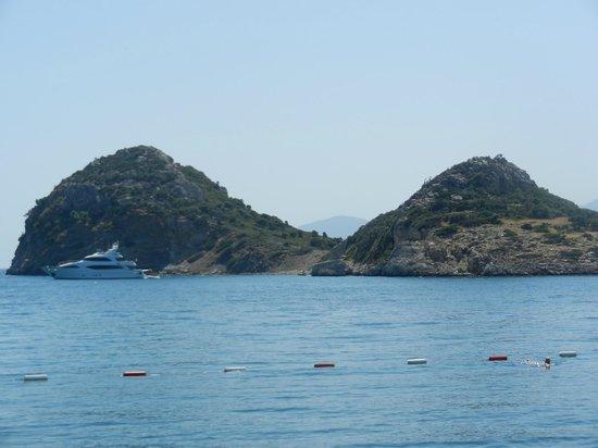 Perili Bay Resort Hotel: Adaya yüzebilirsiniz