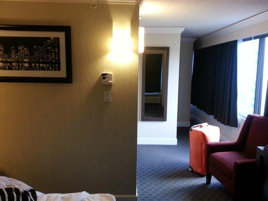 Sandman Hotel Vancouver City Centre: room
