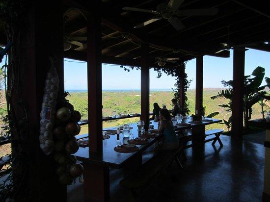 Costa Rica Yoga Spa : Social dining area