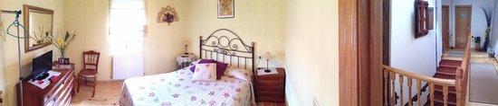 Cuevas de San Clemente, España: Habitacion una cama