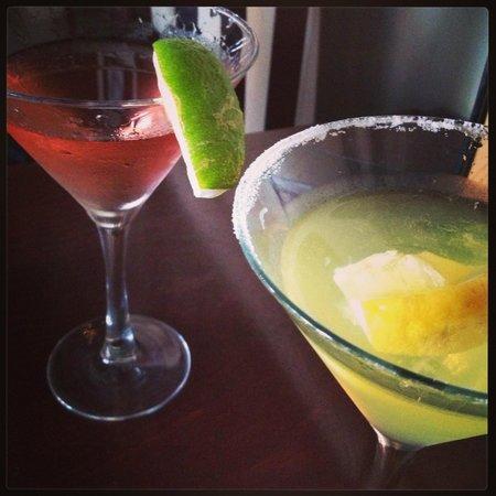 Nine Elm American Bistro: Martinis!