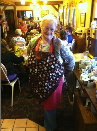 The Dairy Barn Bed and Breakfast: The hostess with the mostess, Gerrie, takes a break from a quilt retreat to smile.