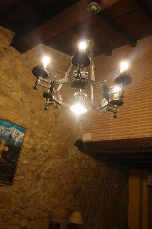 Posada Herran: lighting