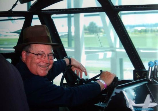 Evergreen Aviation & Space Museum: Me in Howard's seat