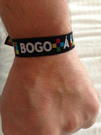 Holiday Inn Bogota Airport: Love Bogotá - Brazalete obsequiado al llegar al Hotel