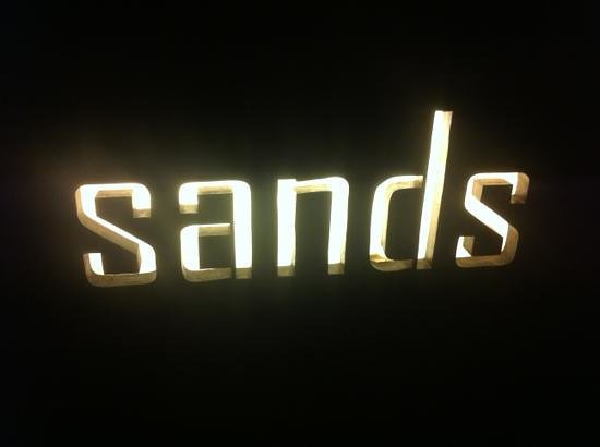 Sands & Wine Cellar: Sands @ Santika hotel