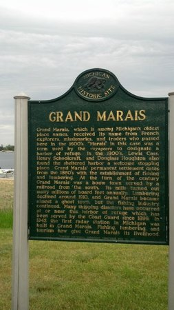 The Voyageurs Motel: Grand Marais