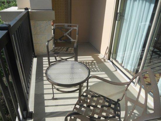 JW Marriott San Antonio Hill Country Resort & Spa: larger standard room balcony