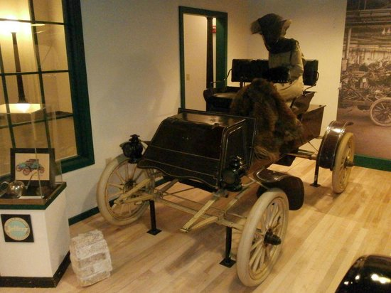 Kenosha History Center: Rambler 1902