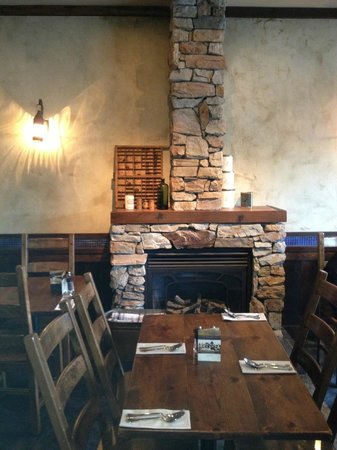 Burgoo : A cozy fireplace in main dining area