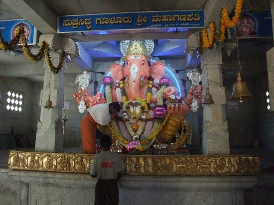 Gulur Ganesh Temple: 2012 gulur ganapathi1