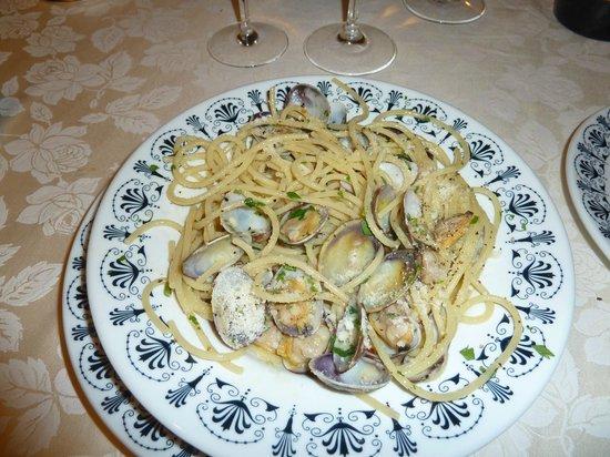 Da Fortunato al Pantheon: Spaghetti with clams
