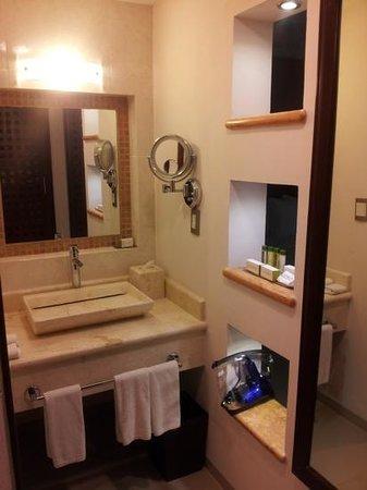Wyndham Merida : Baño con amenidades Doubletree