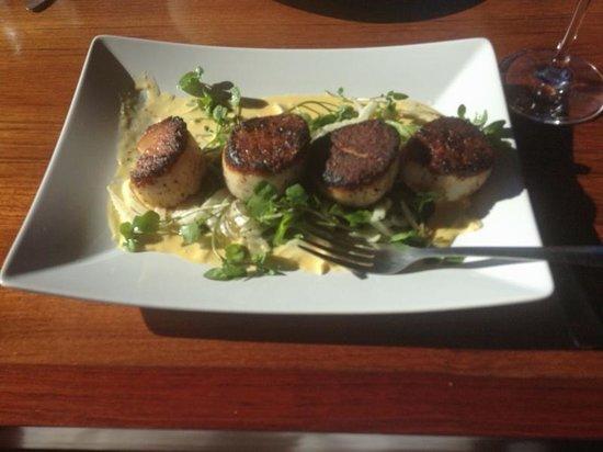 The Loft Restaurant & Bar: Diver Scallops