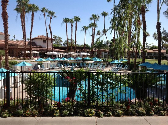 Omni Rancho Las Palmas Resort & Spa: View from my Room (#214)