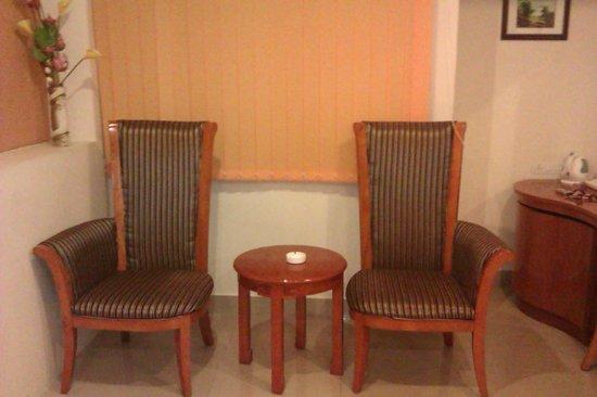 Hotel KRC Palace: Room