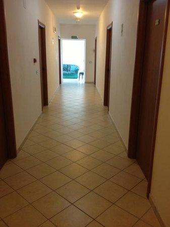 Hotel Marechiaro: corridoio