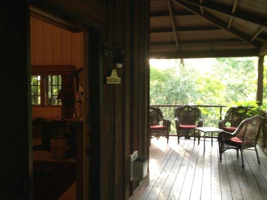 Old Crocker Inn: Balcony