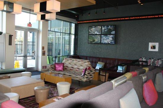 Aloft Ontario-Rancho Cucamonga: Lounge