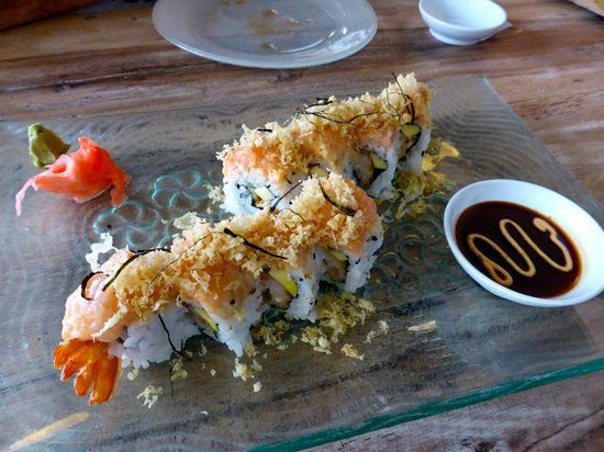 ZUSHIYA Modern Japanese Dining: Another awesome roll