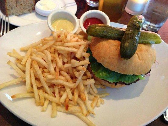 Absinthe Brasserie & Bar: Absinthe Hamburger