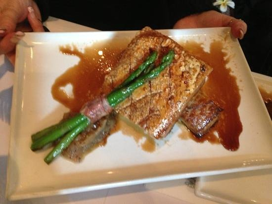 The Rose & Crown Hotel : Twice cooked pork belly
