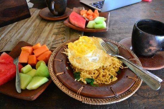 UMAH GRAN GUEST HOUSE: breakfast