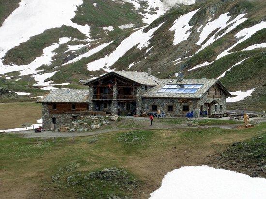 Rifugio Mont Fallere: Veduta esterna