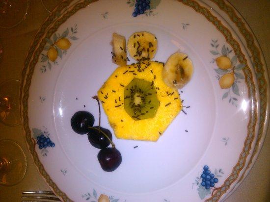 Fisciano, İtalya: affettato di frutta per un matrimonio!!!