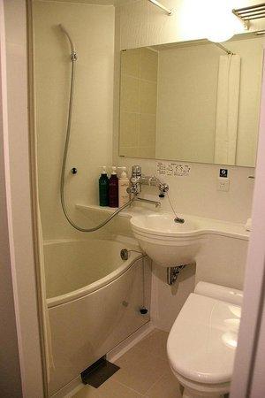 APA Hotel Shibuya Dogenzakaue : Small Unit Bath