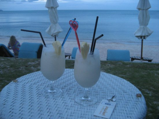 Arayaburi Boutique Resort: Beach side restaurant
