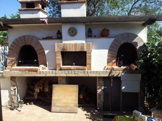 B&B La Casa nella Roccia: Il forno