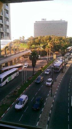 Leonardo Art Tel Aviv: Is it considered to be the view of the Mediterranean? ;)