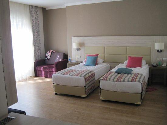 Side Prenses Resort & Spa Hotel: Bedroom