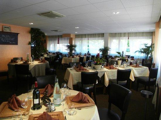 Restaurant de la Paix : salle restaurant