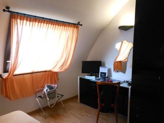 Hotel Valentino du Parc : Interno stanza